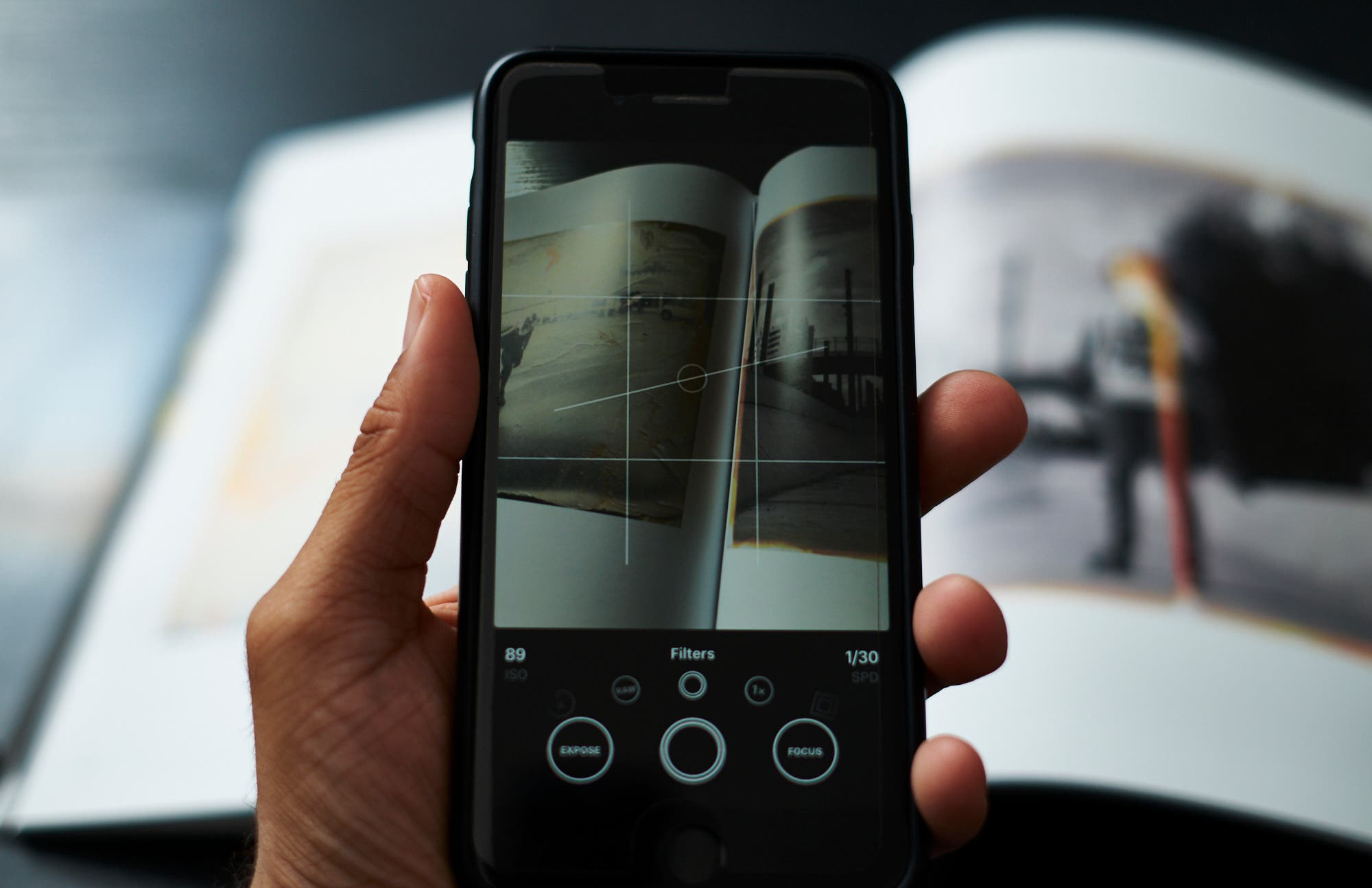 Quick Apple iPhone Camera App Review: Obscura