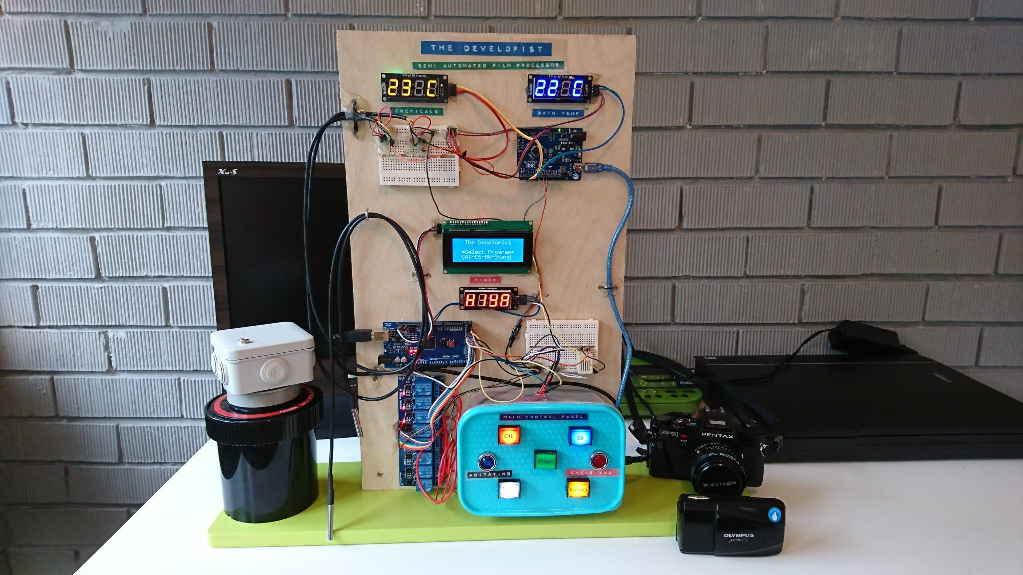 """The Developist"" Is a DIY Semi Automated Assistant for Home Developing"
