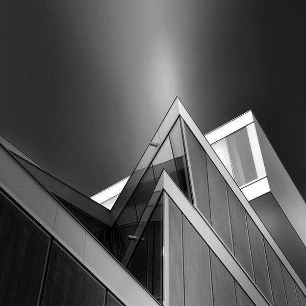 Pygmalion Karatzas Presents a Geometric Showcase in His Architectural Photography