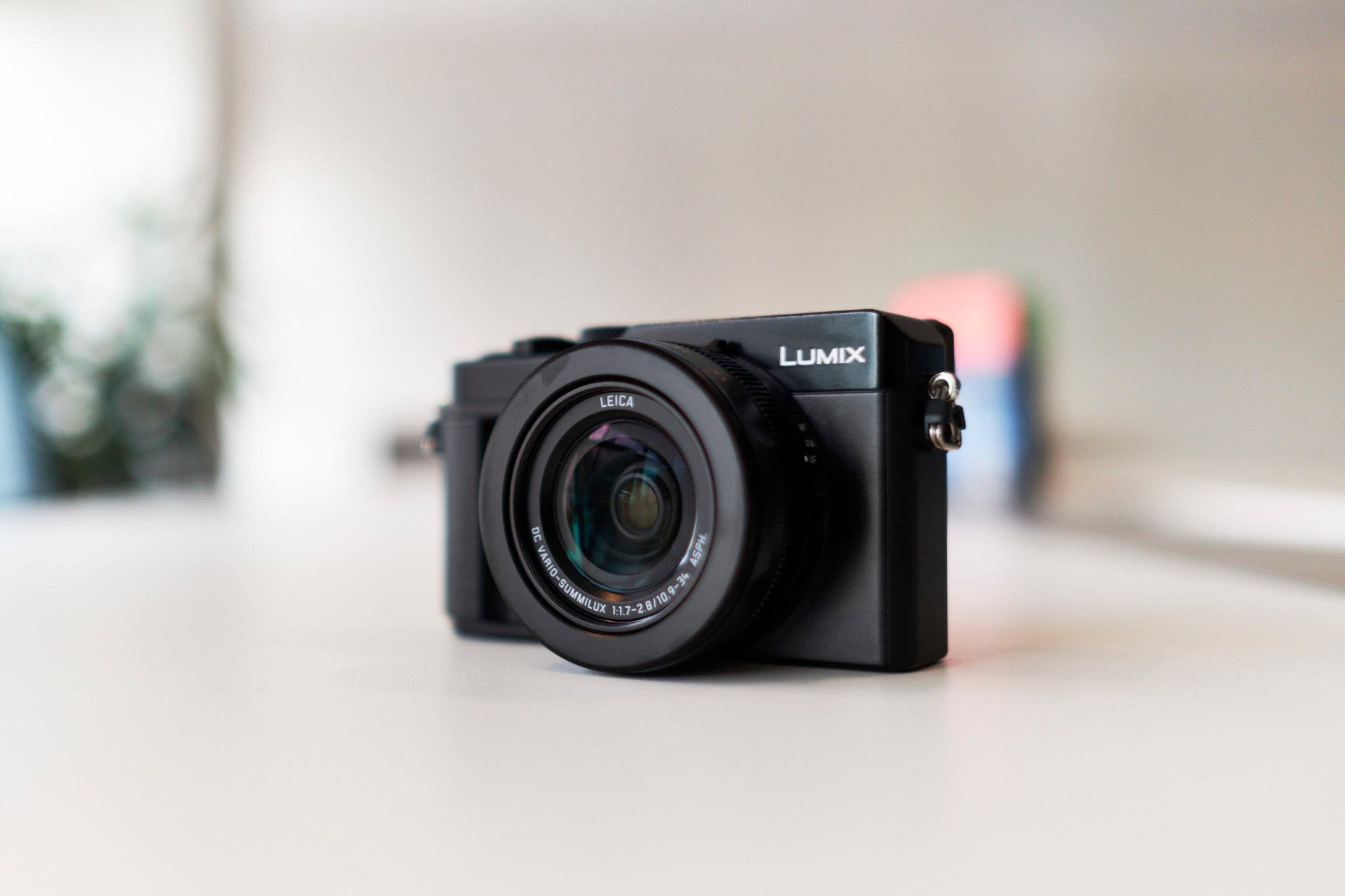 First Impressions: Panasonic LX1 II (Maybe the Best Cam for Street?)