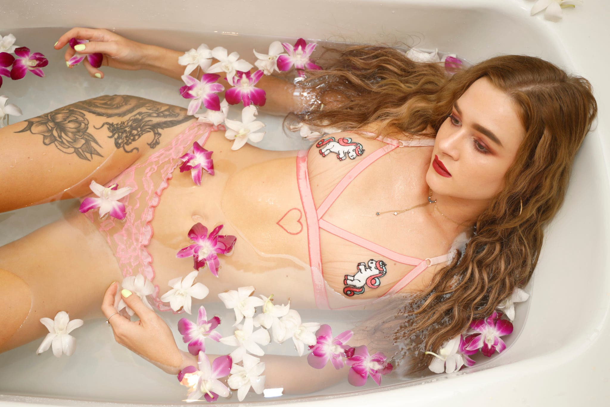 The Approach How To Do Bath Tub Shoots With Models Nsfw