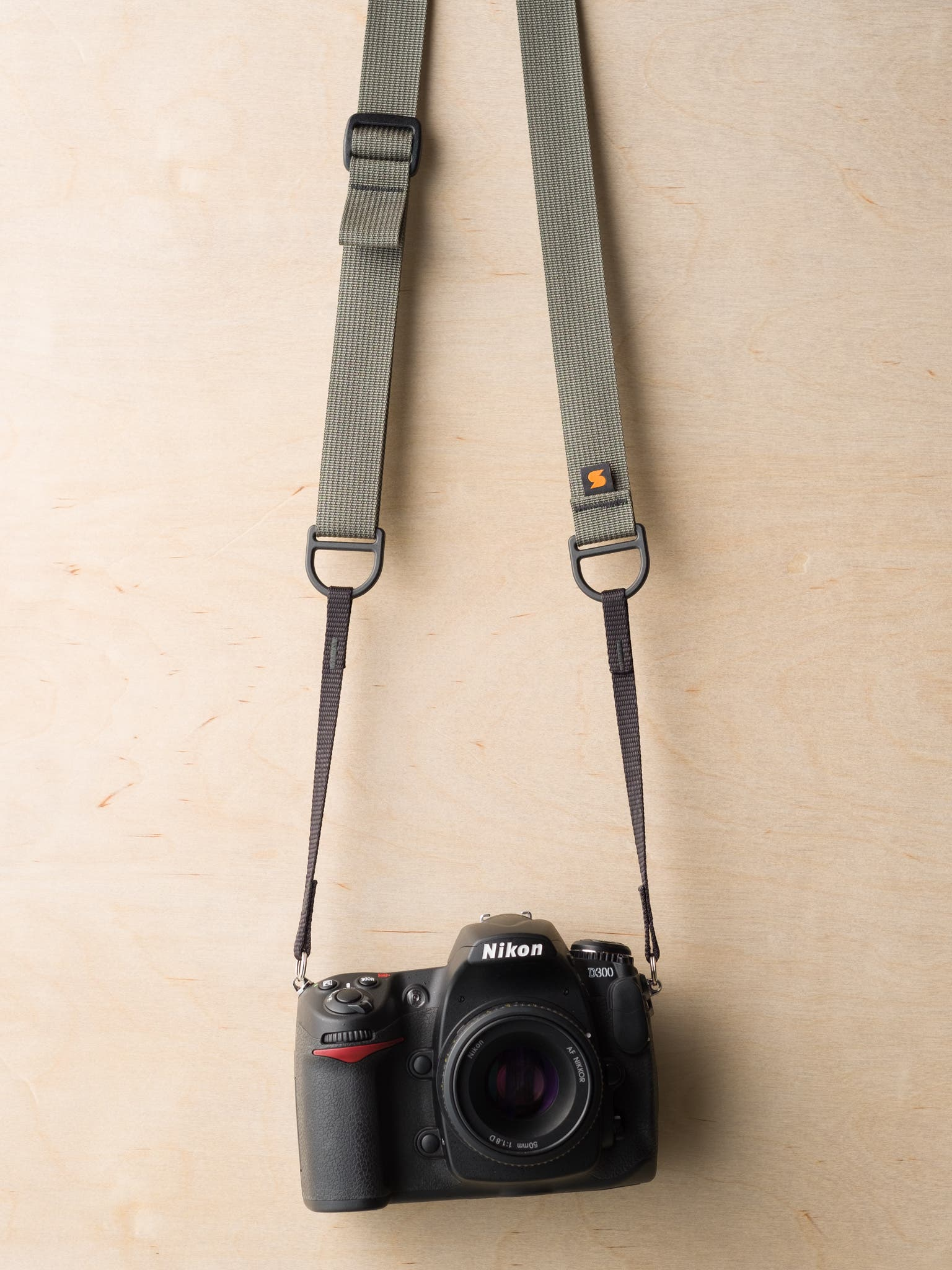 New Simplr F1 Sling-Style Camera Strap Is a Neck Strap, Sling Strap, and Wrist Strap in One