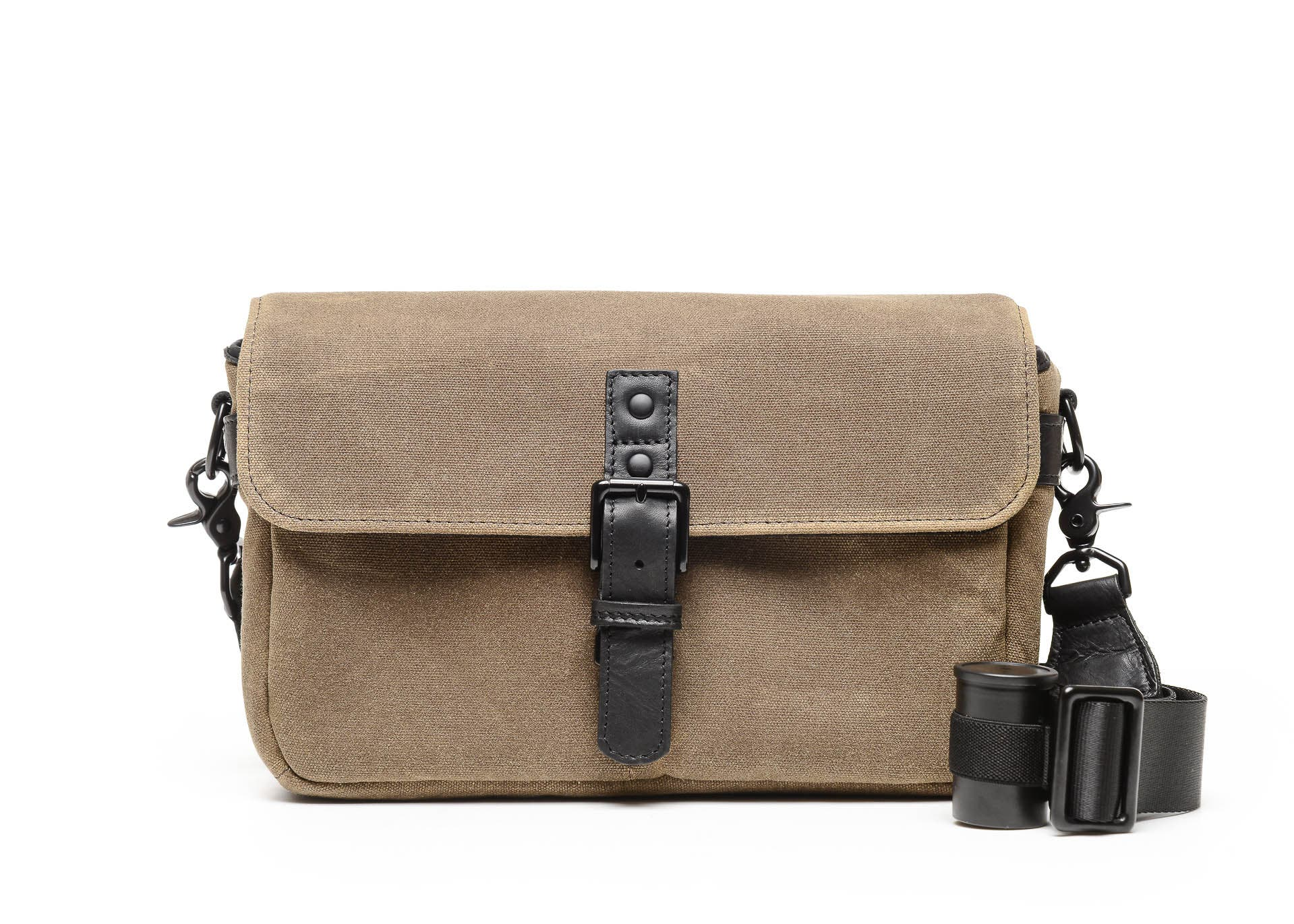 ONA and Japan Camera Hunter Collaborate on a Limited Edition Bowery Bag for Film Street Photographers