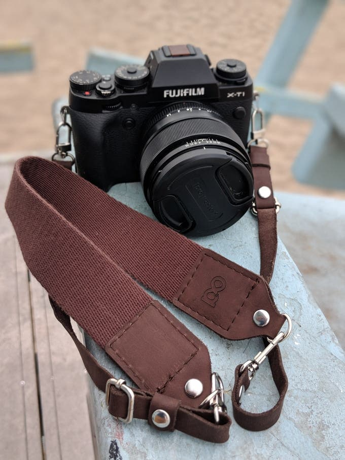 Content Camera Strap Promises to Be the Only Strap You'll Ever Need