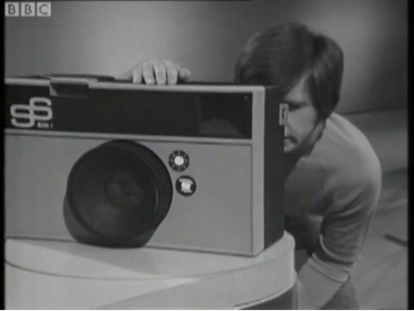 This 1973 BBC Science Session Teaches You How to Make Your Own Giant Camera