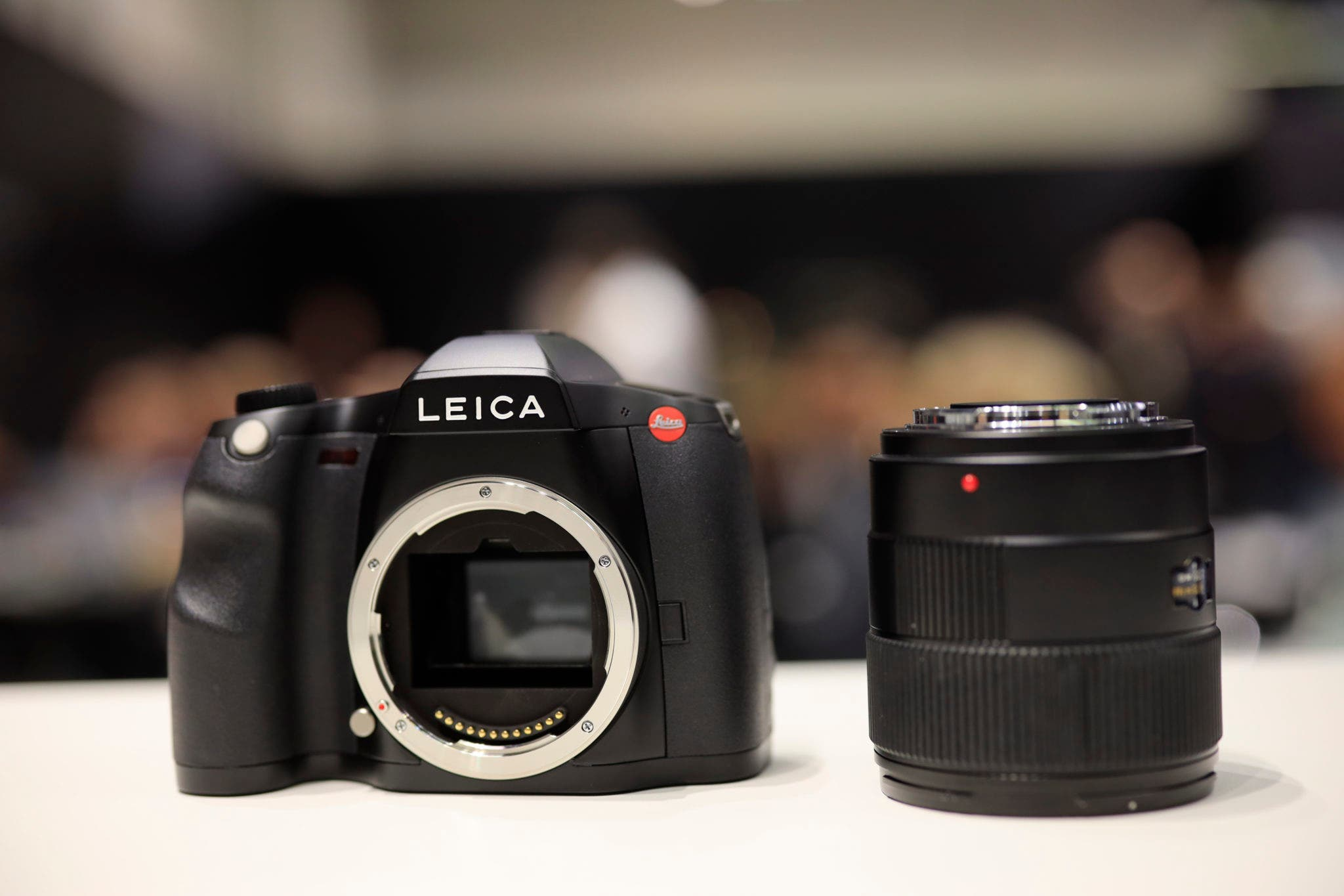 First Impressions: Leica S3 (One of the More Unique Medium Format Cameras Out There)