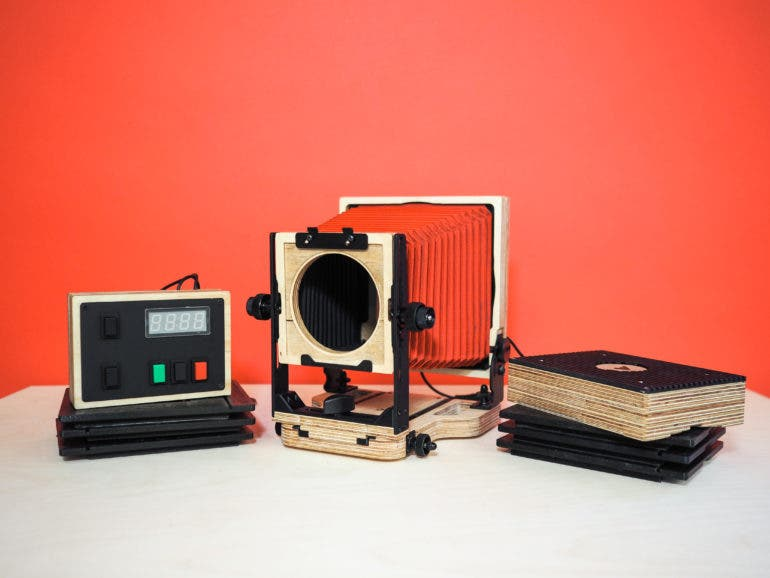 The Intrepid 4x5 Enlarger Lets You Print and Scan 35mm, 120