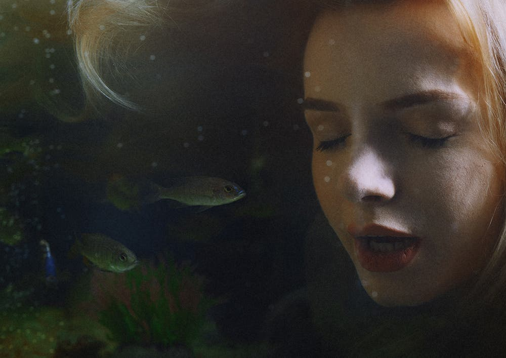 Arman Zhenikeyev's Underwater Portraits Look Like Gorgeous Paintings