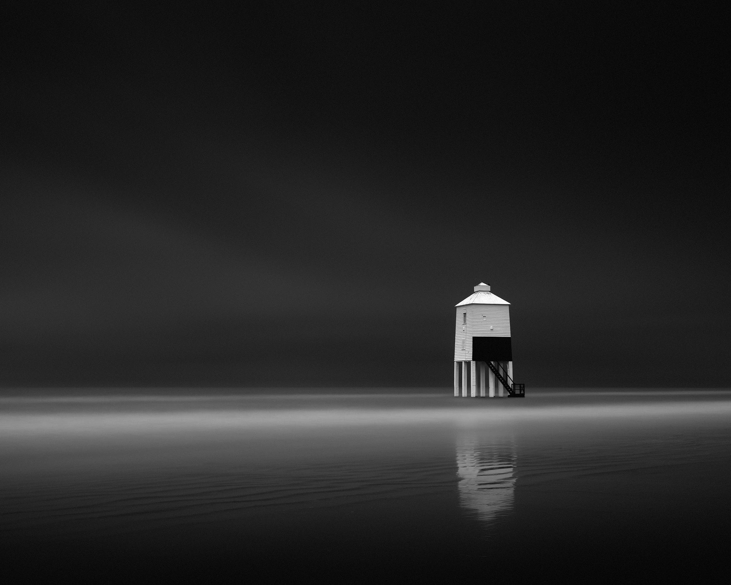 Antonio Gouveia on Creating an Atmosphere for Minimalist Photography