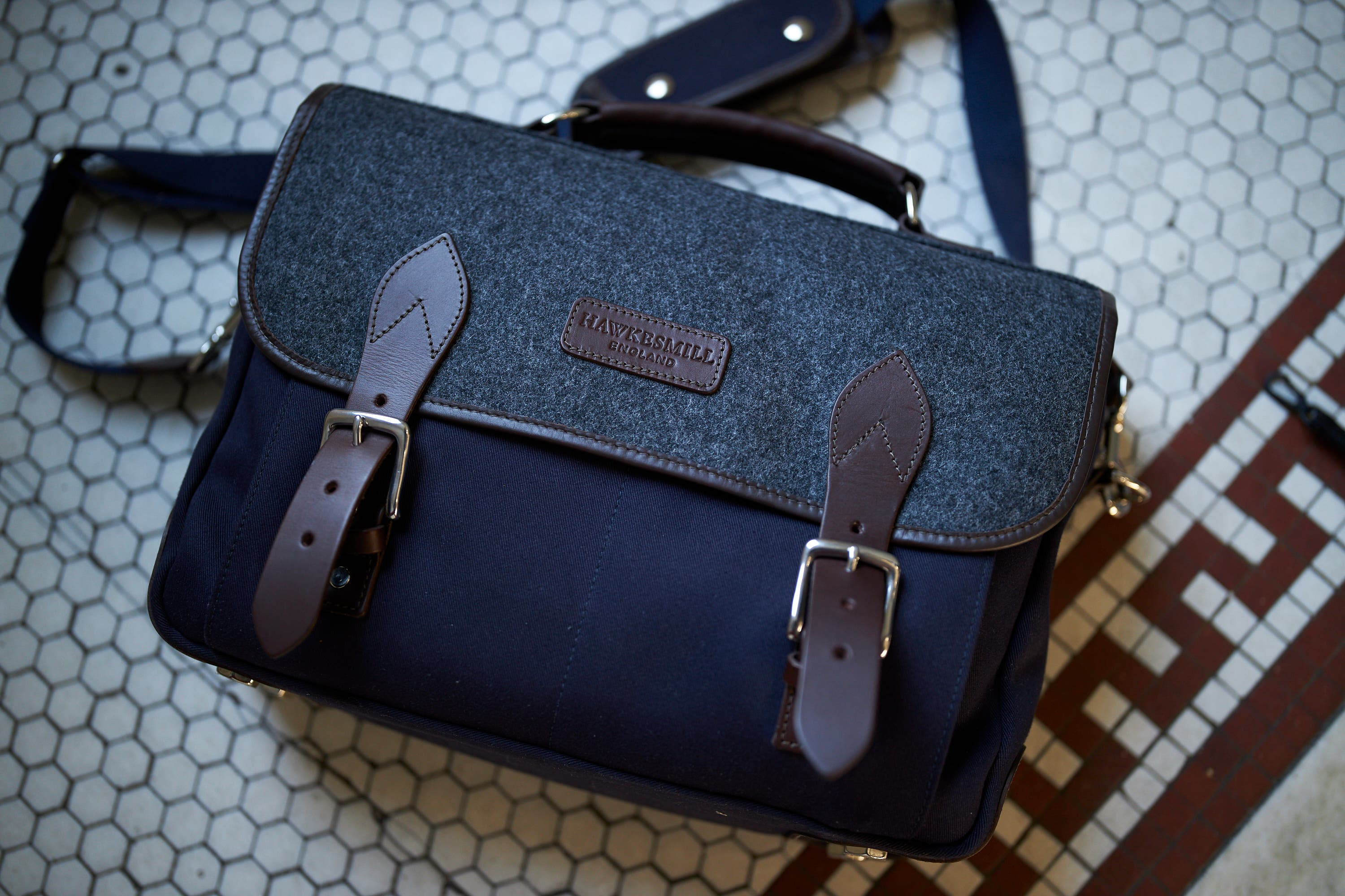 Review: Hawkesmill Monmouth Messenger Bag (It Can Also Be a Backpack!)