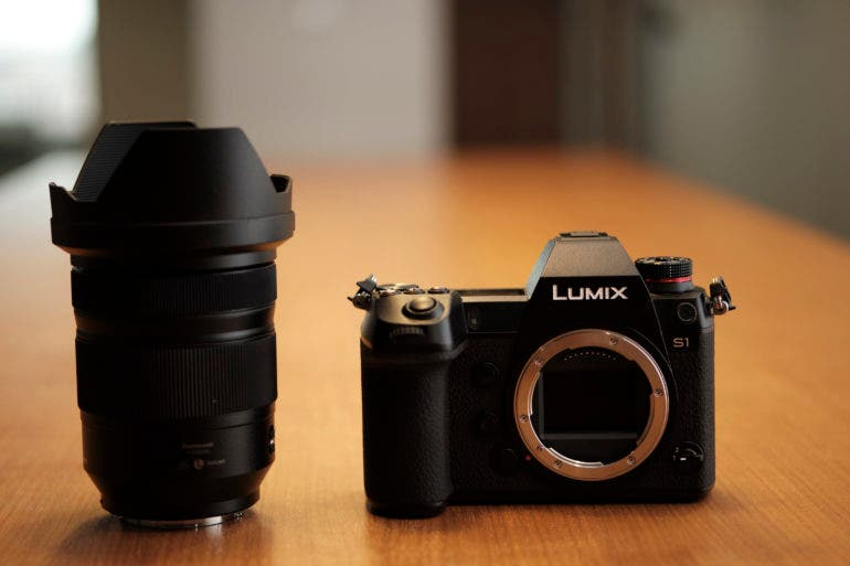 full frame mirrorless panasonic