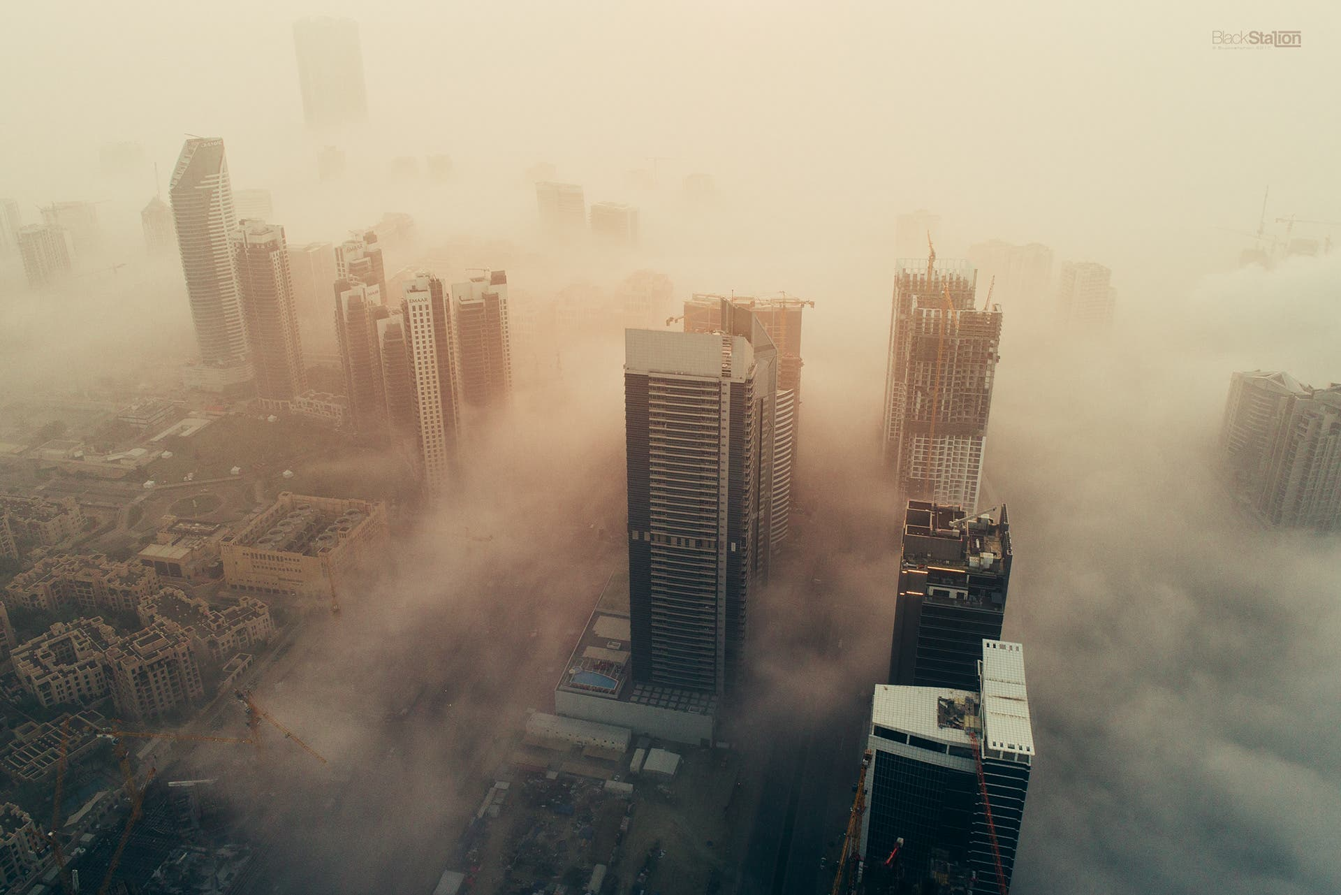 Black Station's Cityscapes of Dubai in the Fog are Both Eerie and Soothing