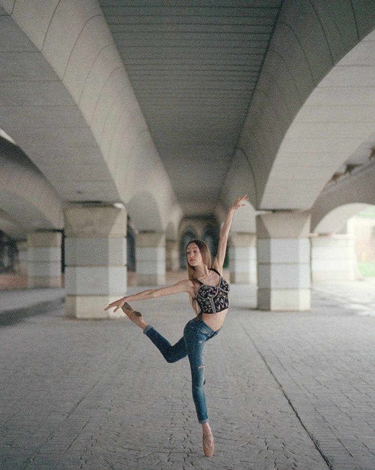 Omar Z Robles on the Challenges of Photographing Dancers with Film