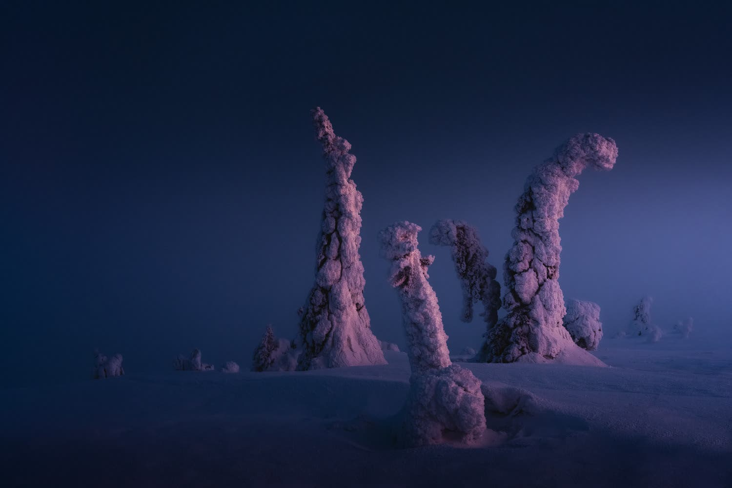 Stian Klo Reveals the Surreal Vistas of Finnish Lapland