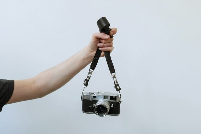 Anchor Strap Is an Adaptable and Elegant Leather Camera Strap