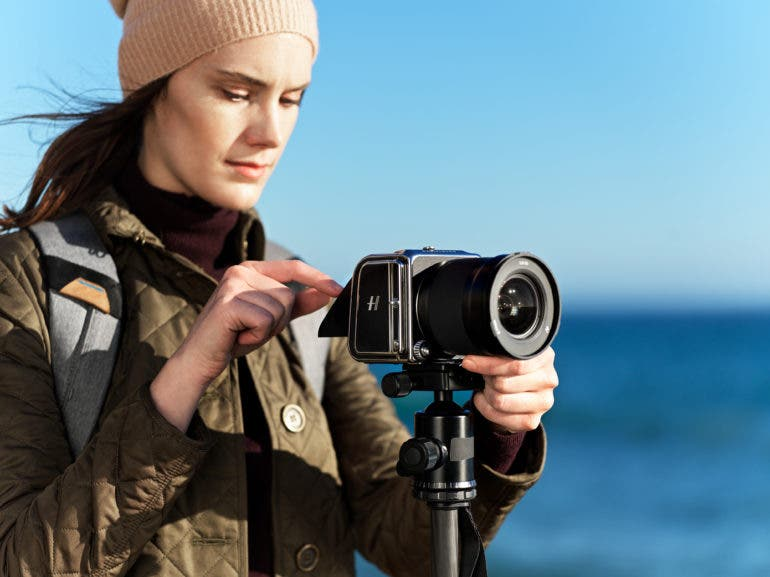 The Hasselblad X1D II Arrives with Zoom Lens, Mobile App and