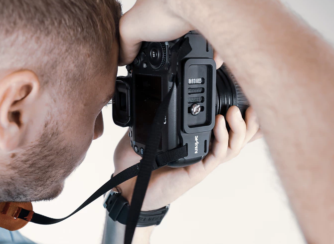 SPINN.DESIGN Approaches Camera Straps in a New Way