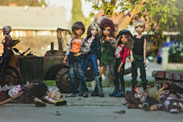 Doll Photographer Sharon Marie Wright Brings Her Subjects to Life