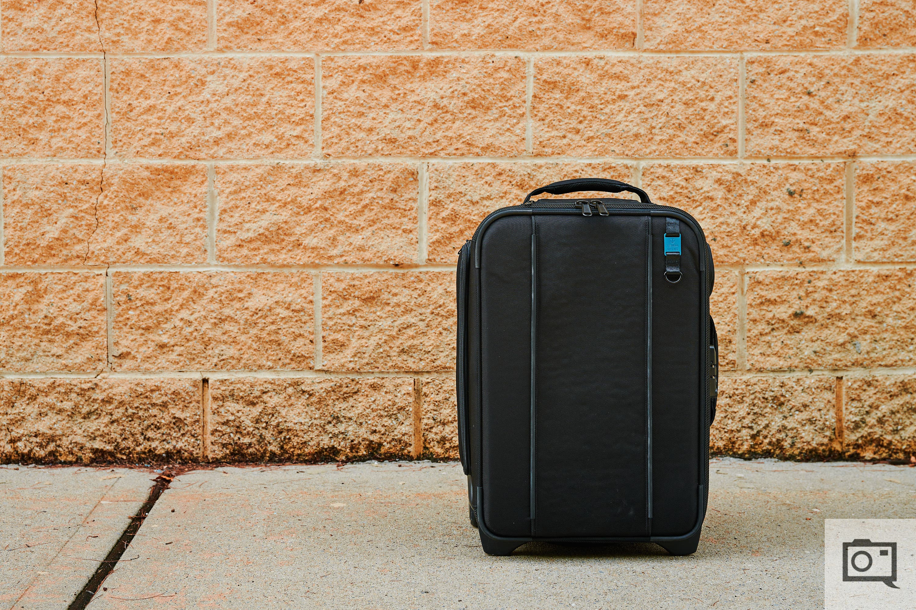 Review: Tenba Roadie Air Case Roller 21 (Perfect for Frequent Flyers)