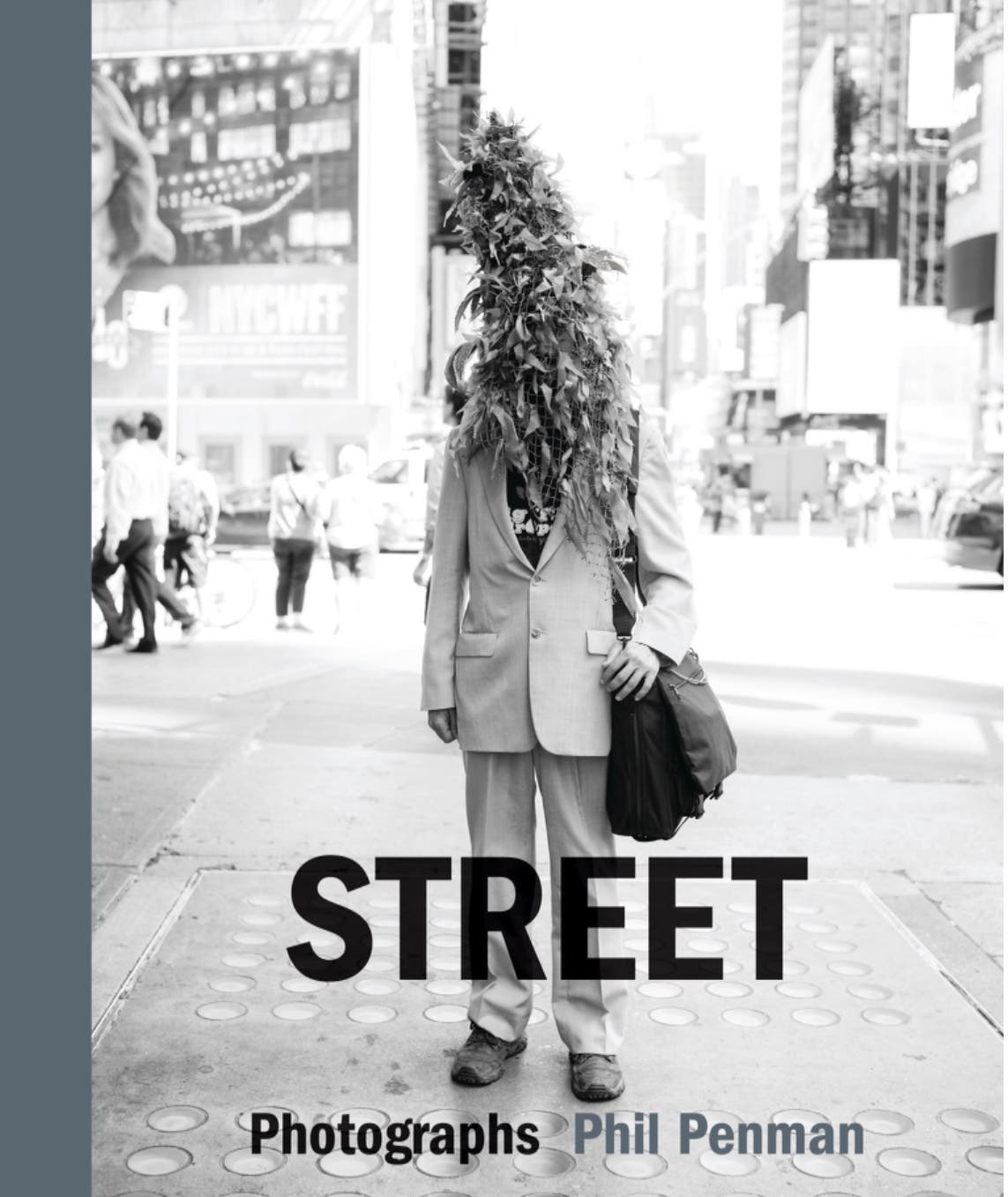 This New Book Is a Beautiful Love Letter to New York Street Photography