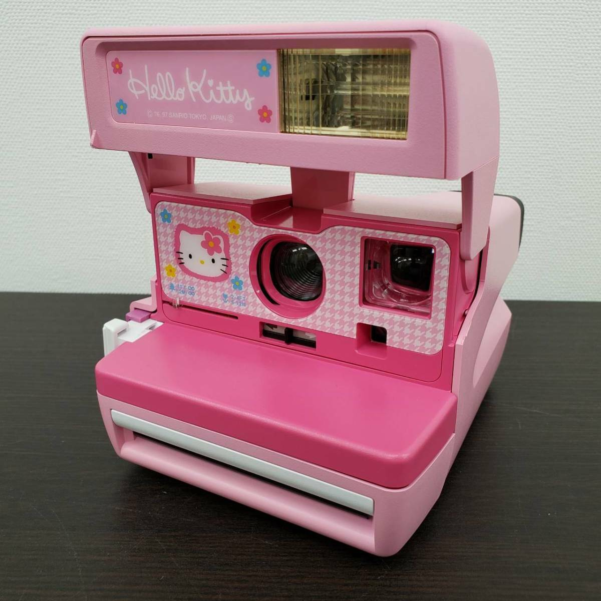 You Secretly Want This Rare, Unused Hello Kitty Polaroid 600 for $3,215