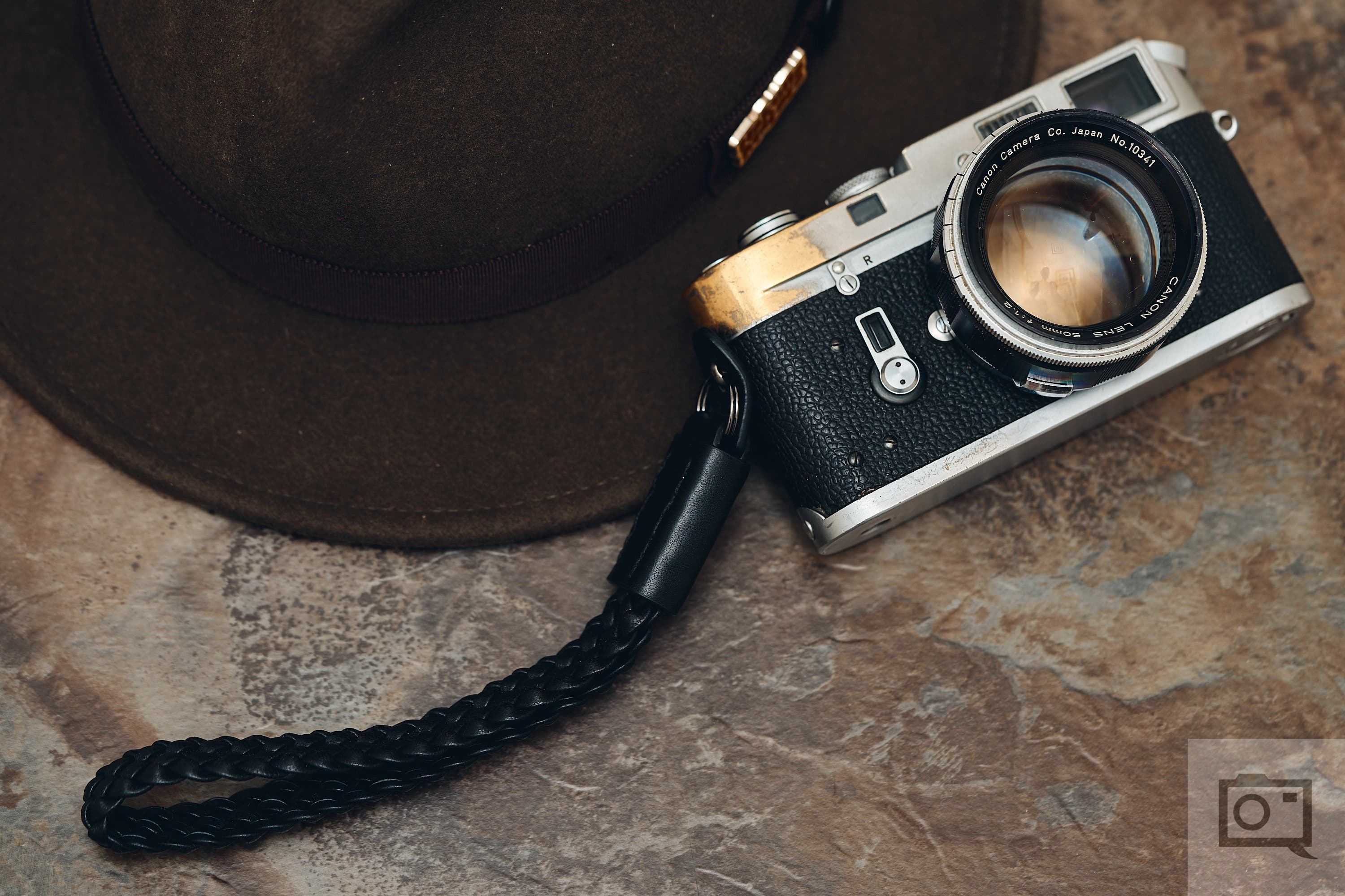 What's Your Favorite Vintage Camera? This and More on Pro Camera Reviews