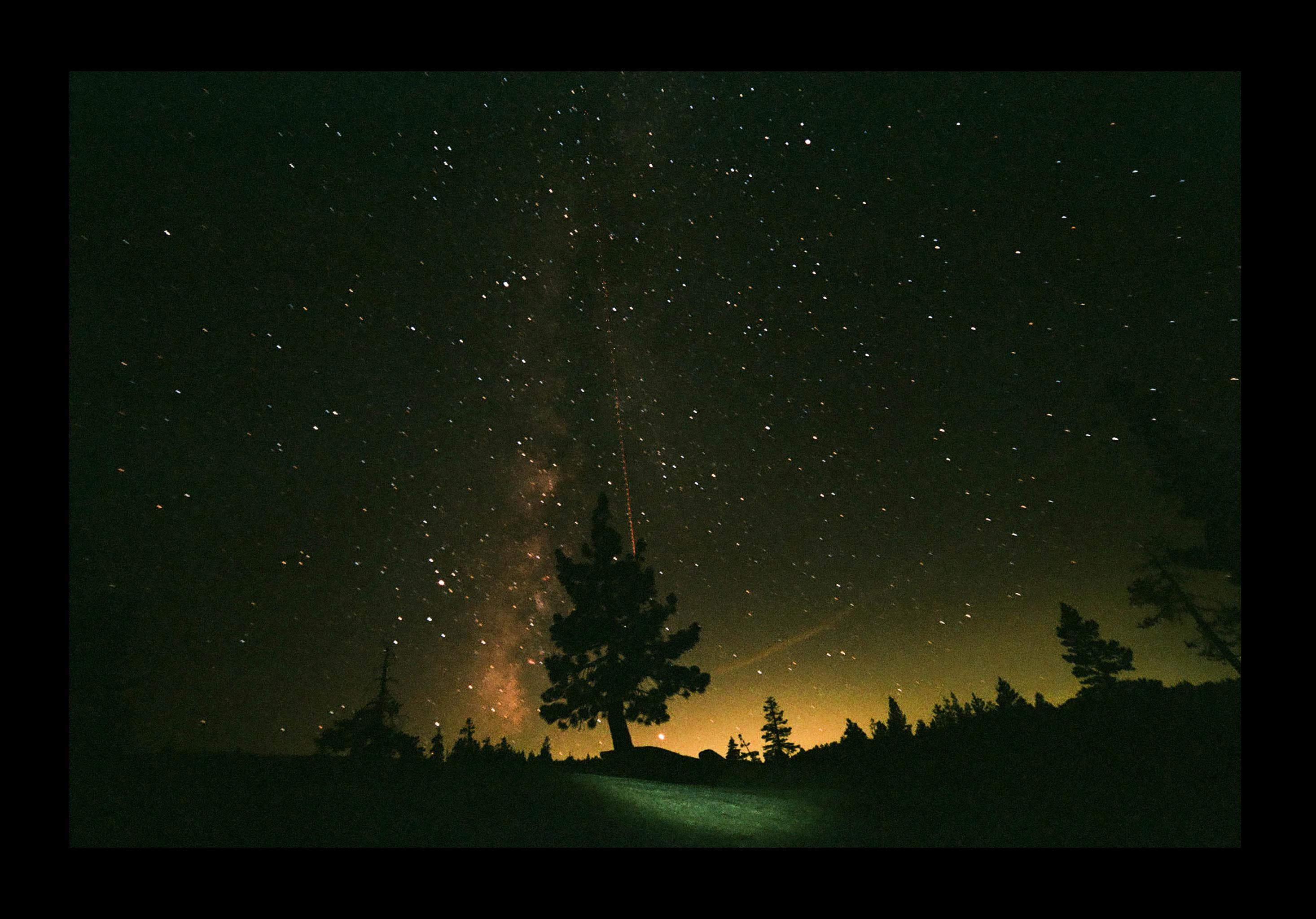 This Milky Way Photo Was Shot on Fujifilm Superia X-TRA 400