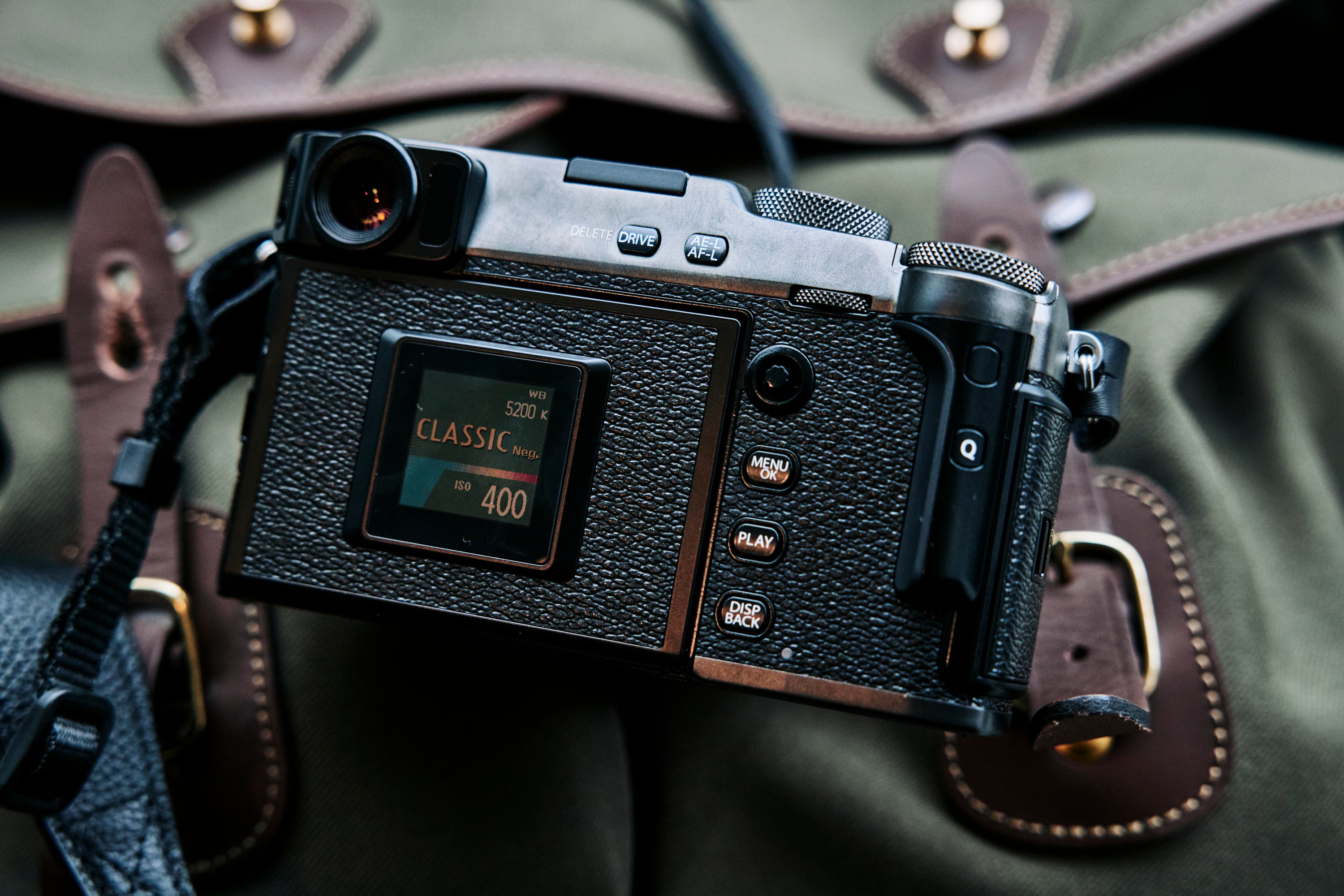 There Are Cheaper Solutions to Chimping Than the Fujifilm X Pro 3