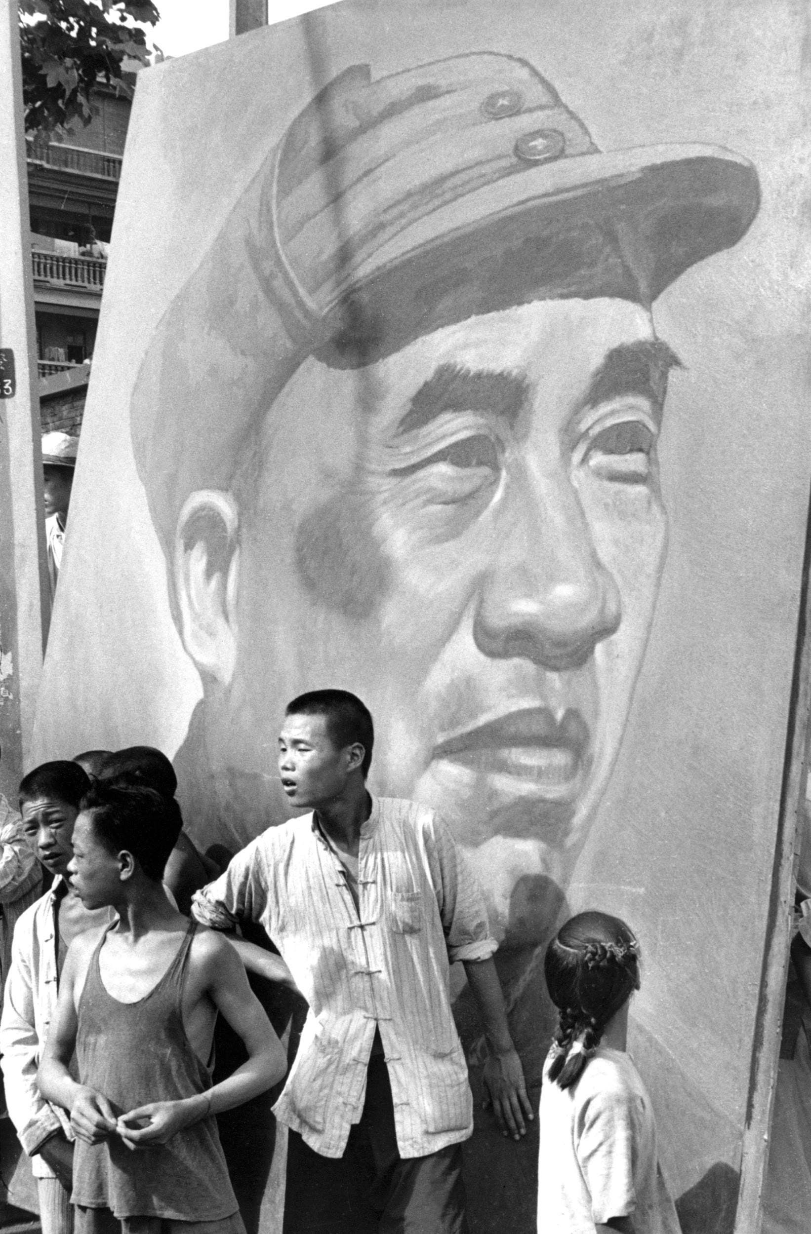 Historic Henri Cartier-Bresson Photos of China to Be Exhibited for the First Time