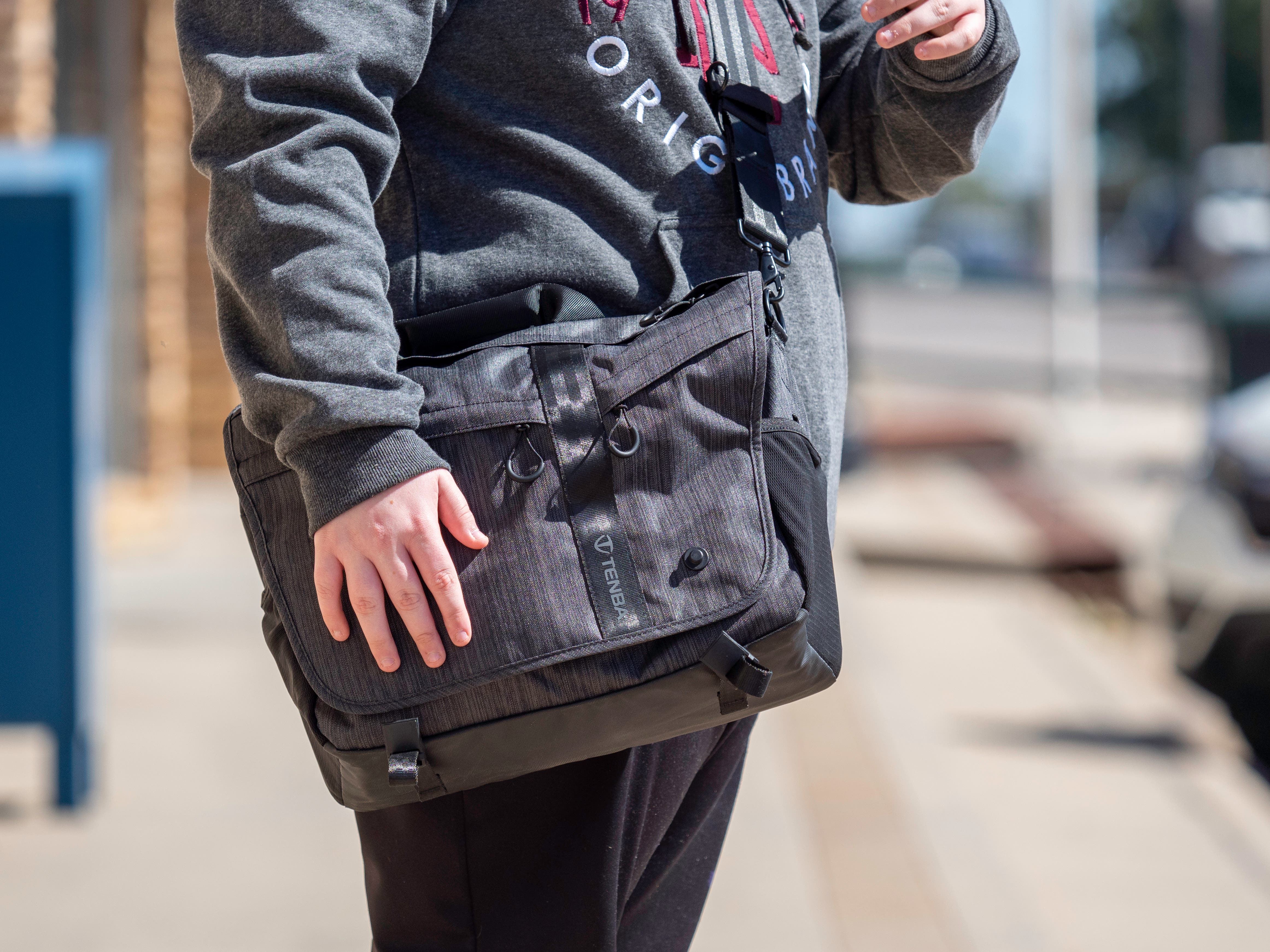 3 Camera Messenger Bags Our Photographers Use All the Time