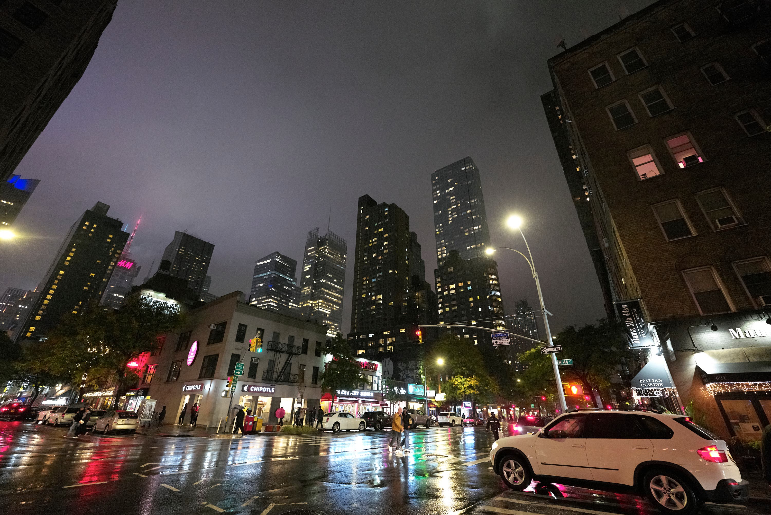 How to Get Better High ISO Images from Your Camera and Smartphone
