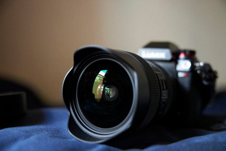 Photography Cheat Sheet: How to Keep Your Lens Clean