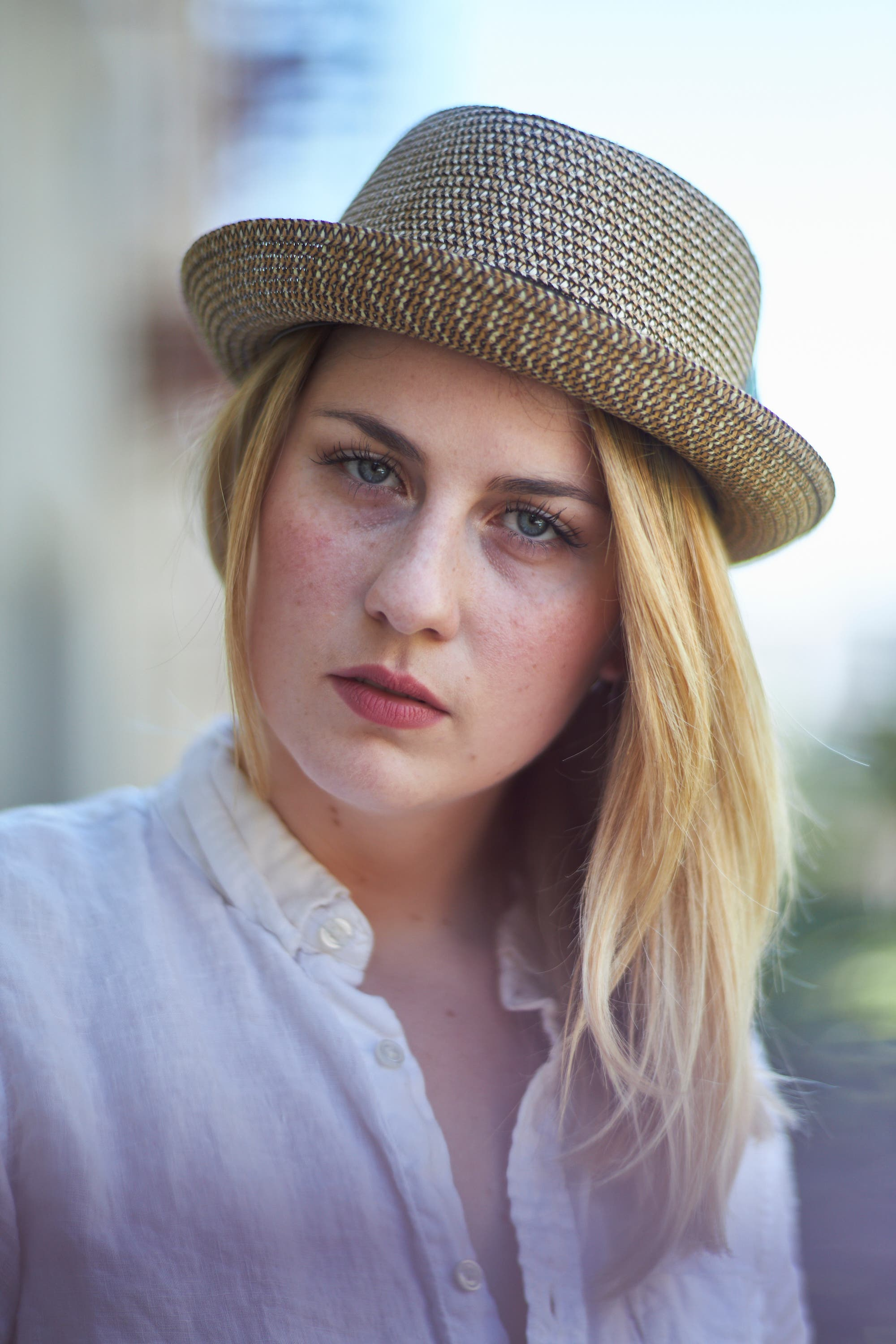 Tame the Sun for Better Natural Light Portraits With One Tool