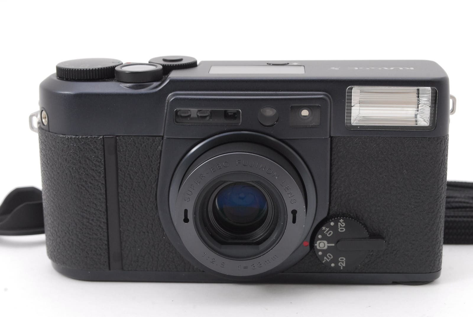 This Black Fujifilm Klasse S Is Worth Adding to Your Premium Compact Wishlist
