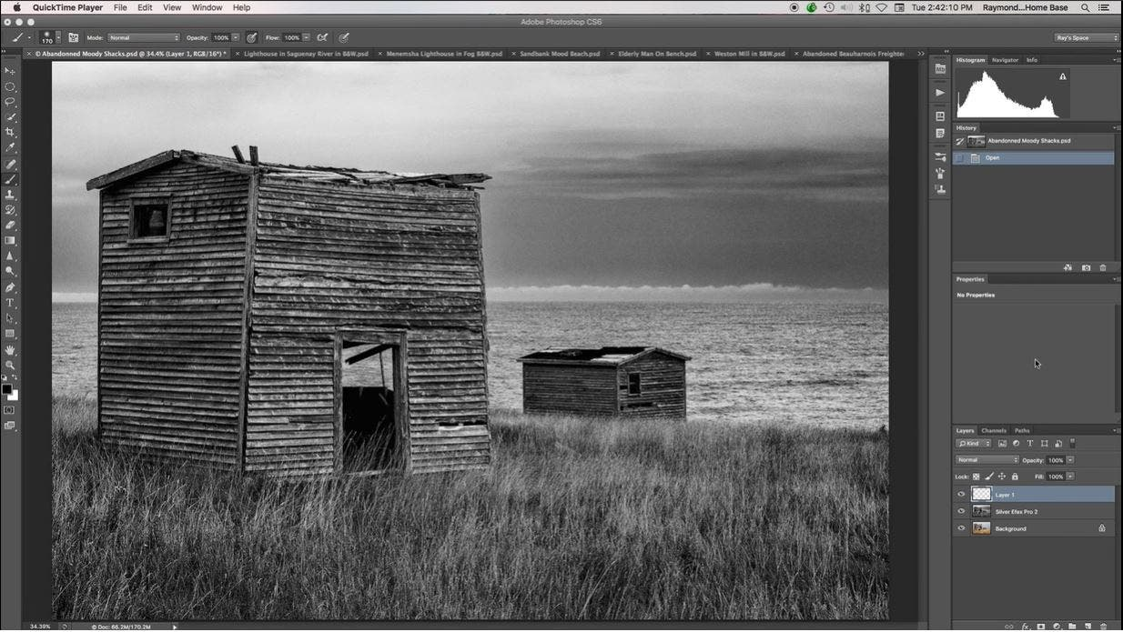 How to Create Mood in Black and White Photography
