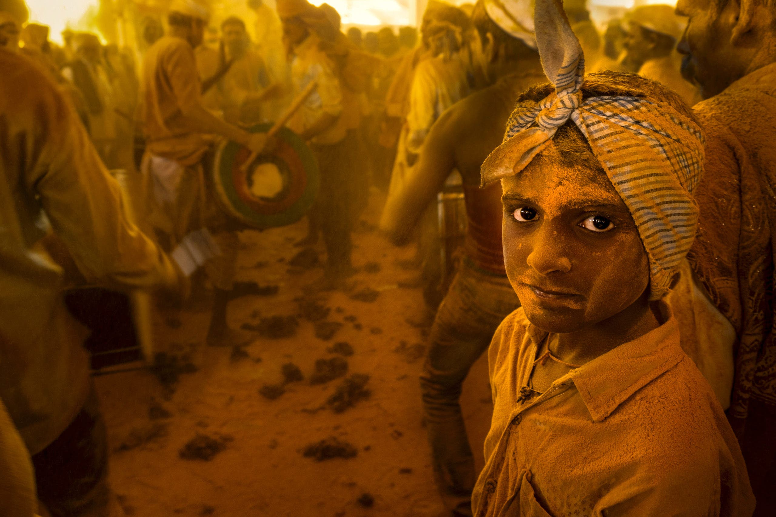 The Golden Hues of the Haldi Festival Are Perfect for Documentary Photography