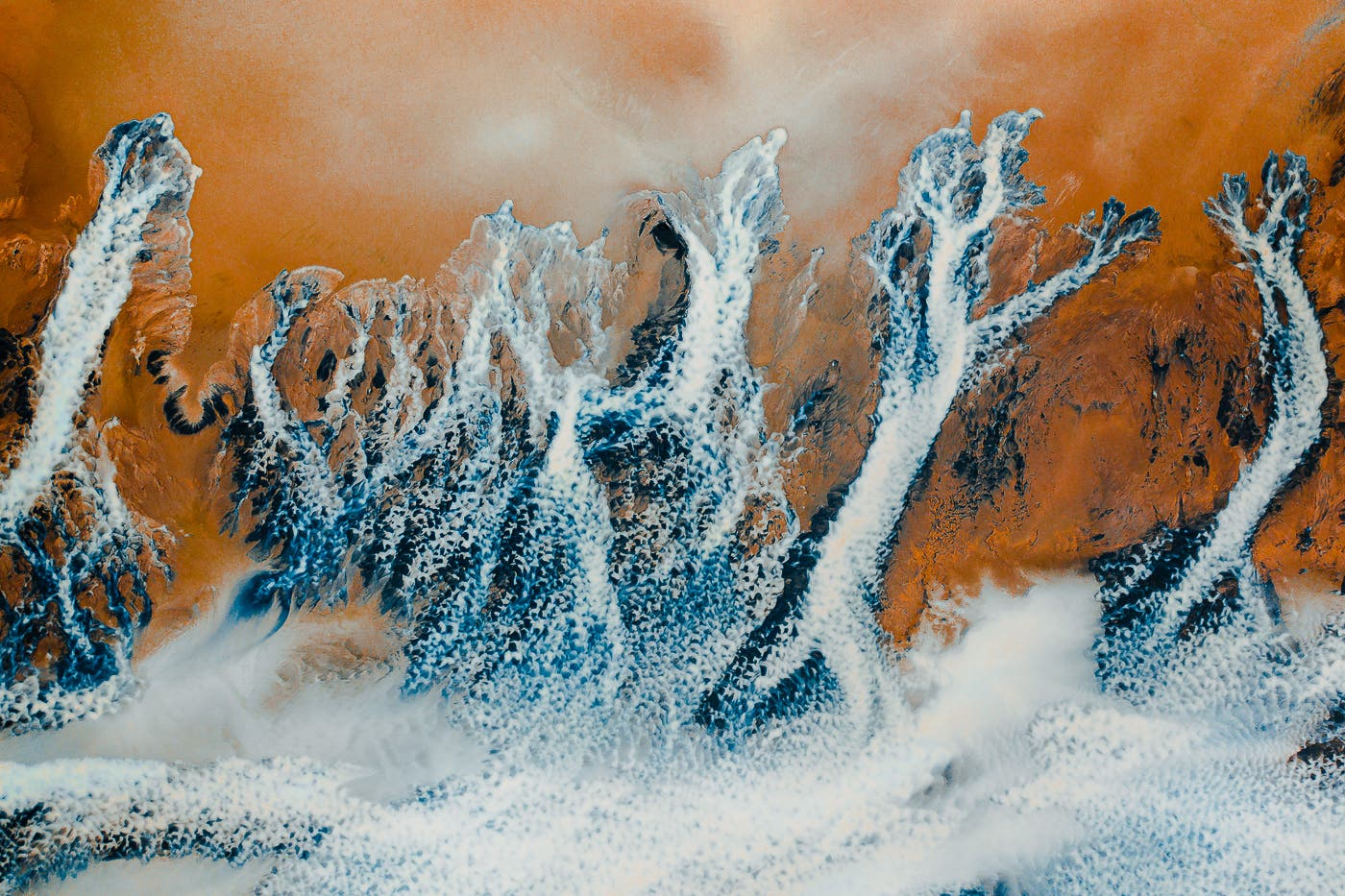 Gabor Nagy Reveals the Otherworldly Abstract Rivers of Iceland