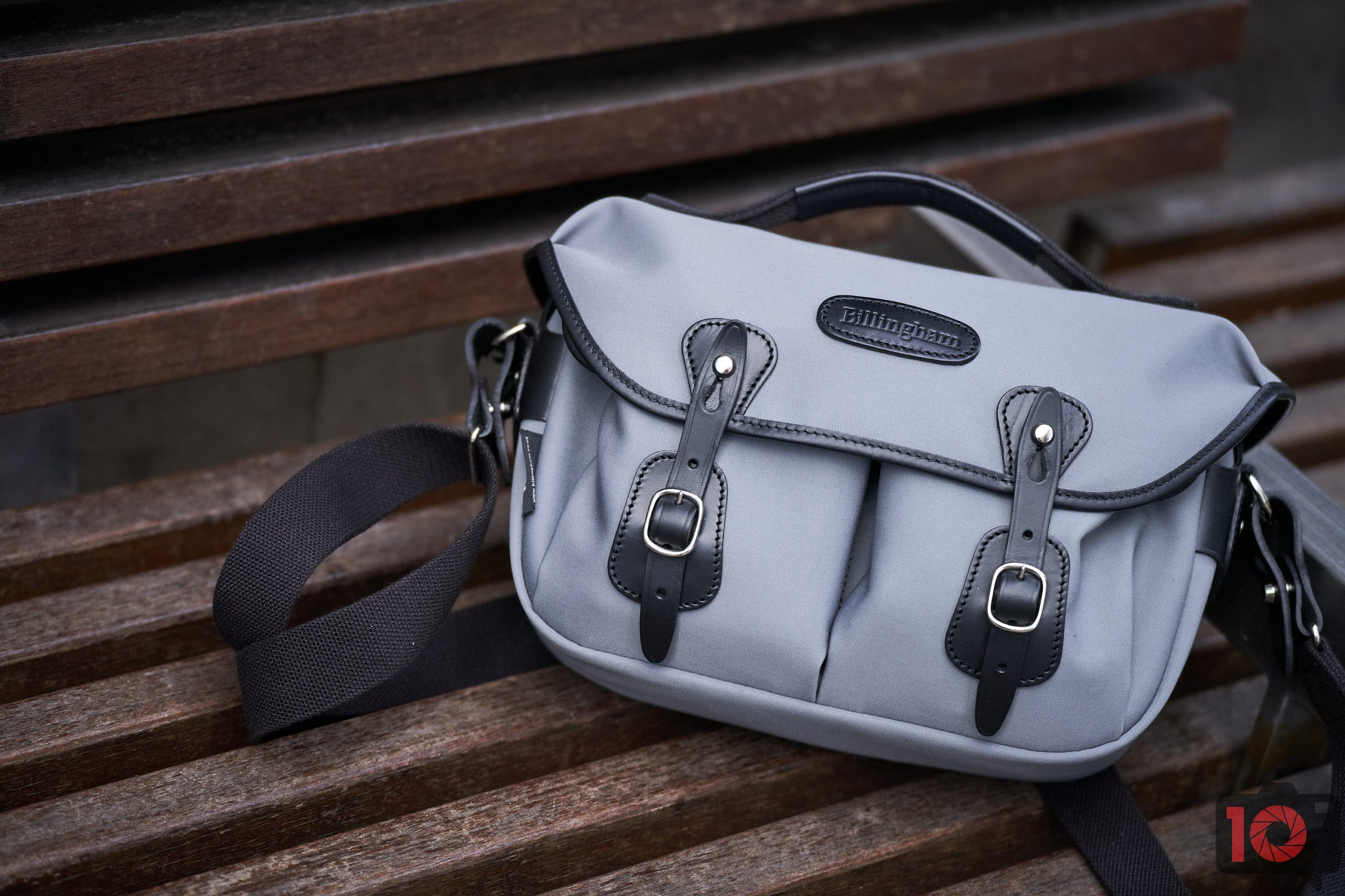 Stylish and Compact: The Gorgeous Billingham Hadley Small Pro