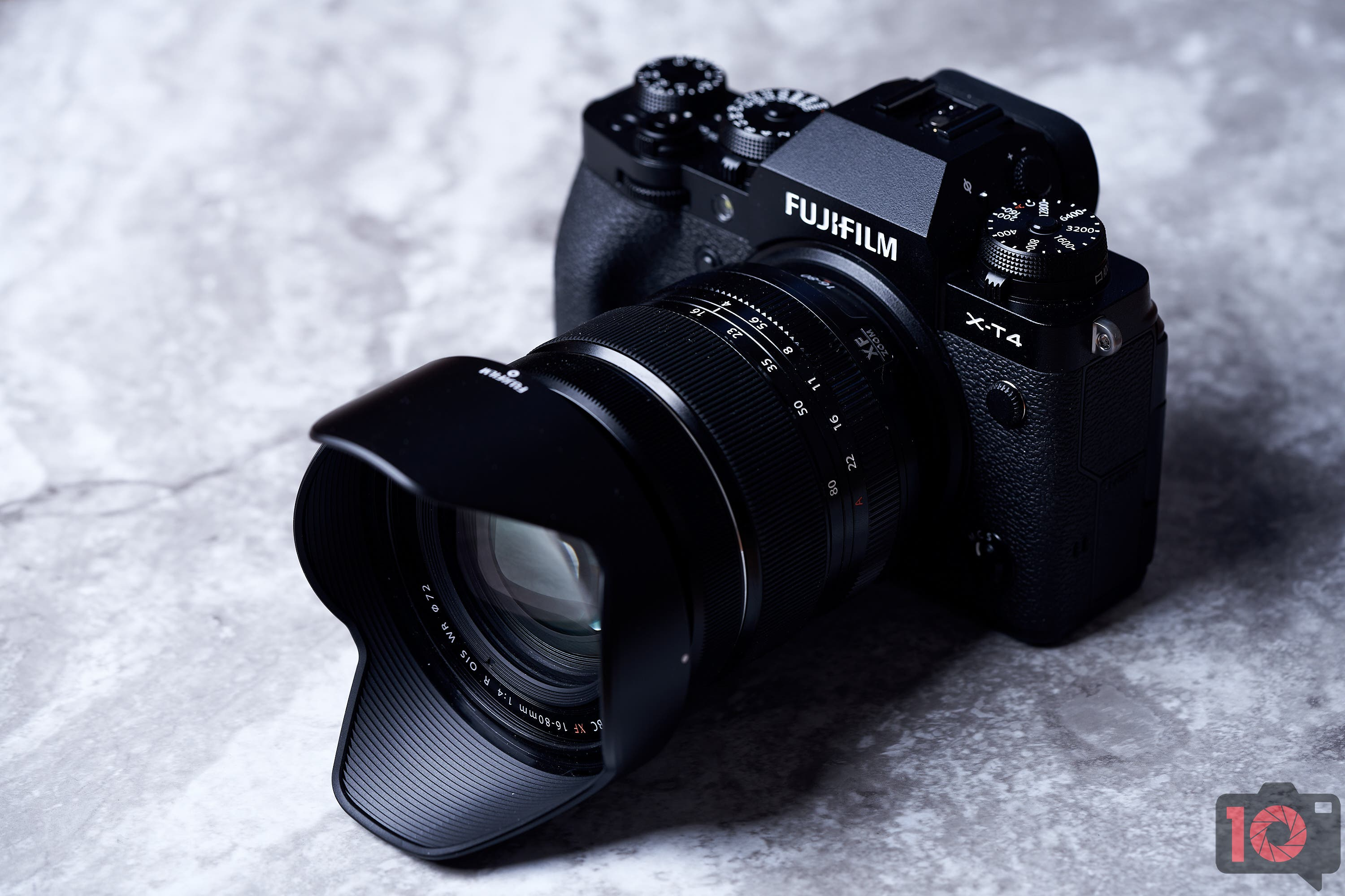 They've Cranked the XT3 up to 11! Fujifilm XT4 Review