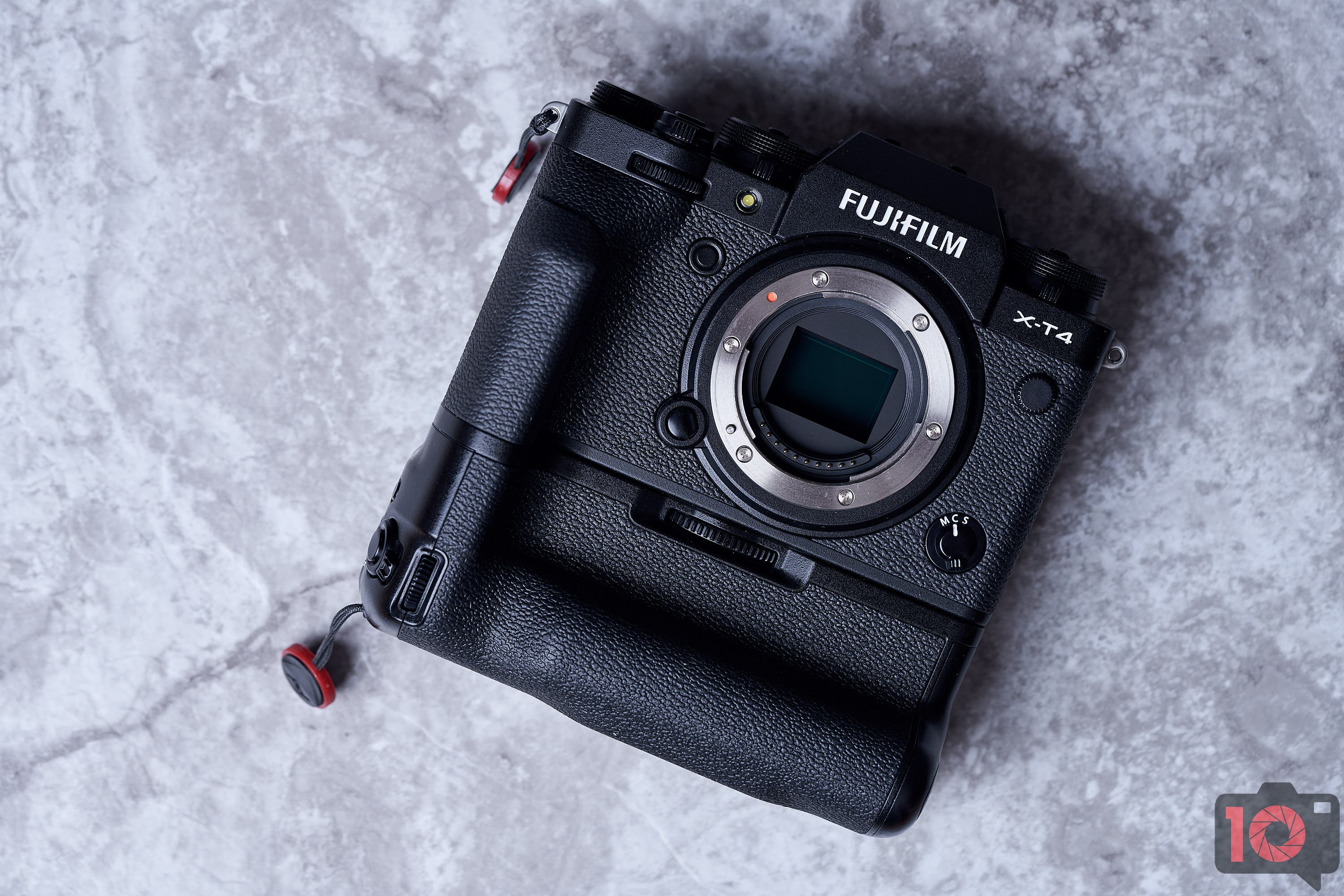 Fujifilm Cameras and Lenses Receive Big Price Cuts for the Holidays