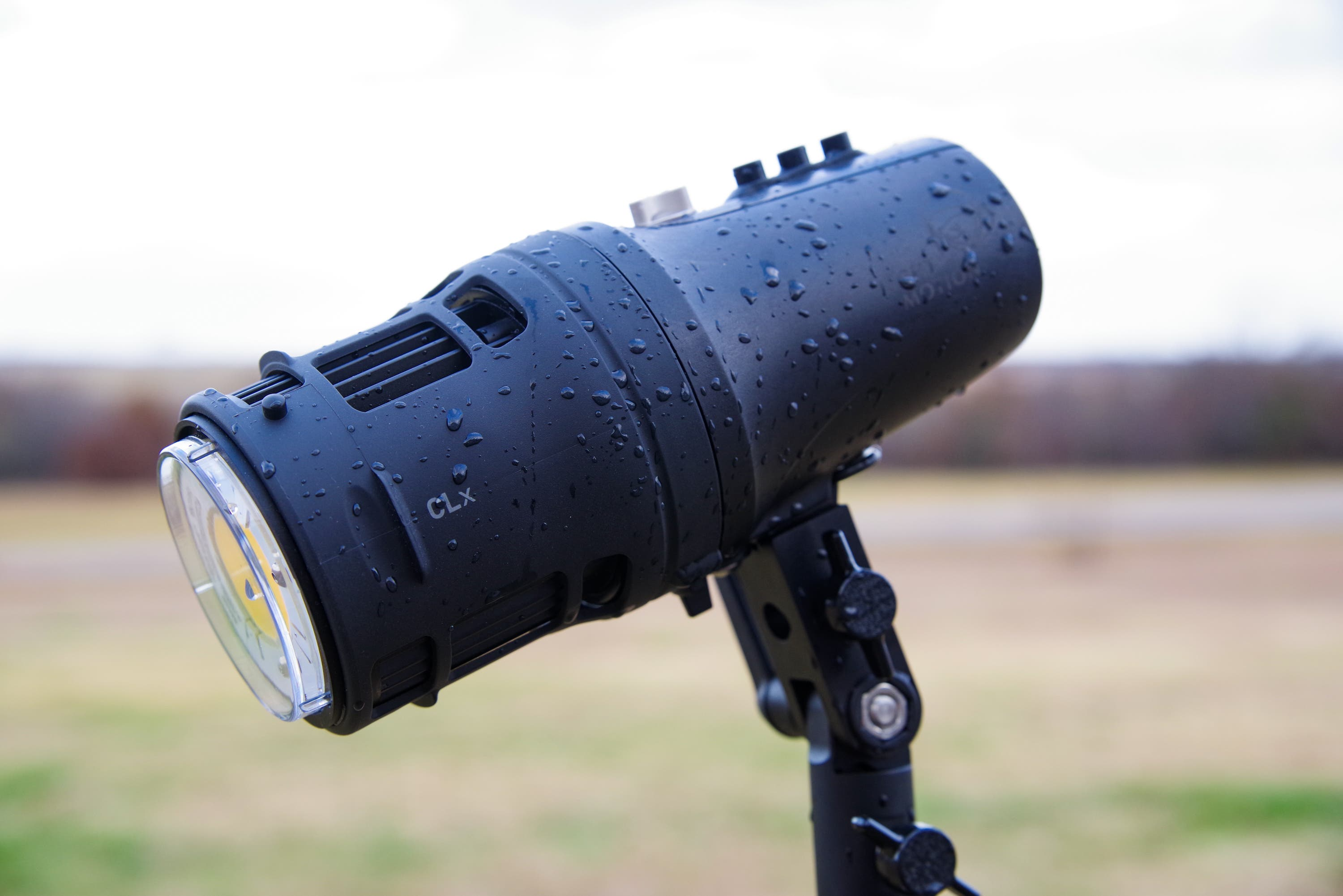 Hybrid Shooters Will Love It: Light and Motion CLx10 Review