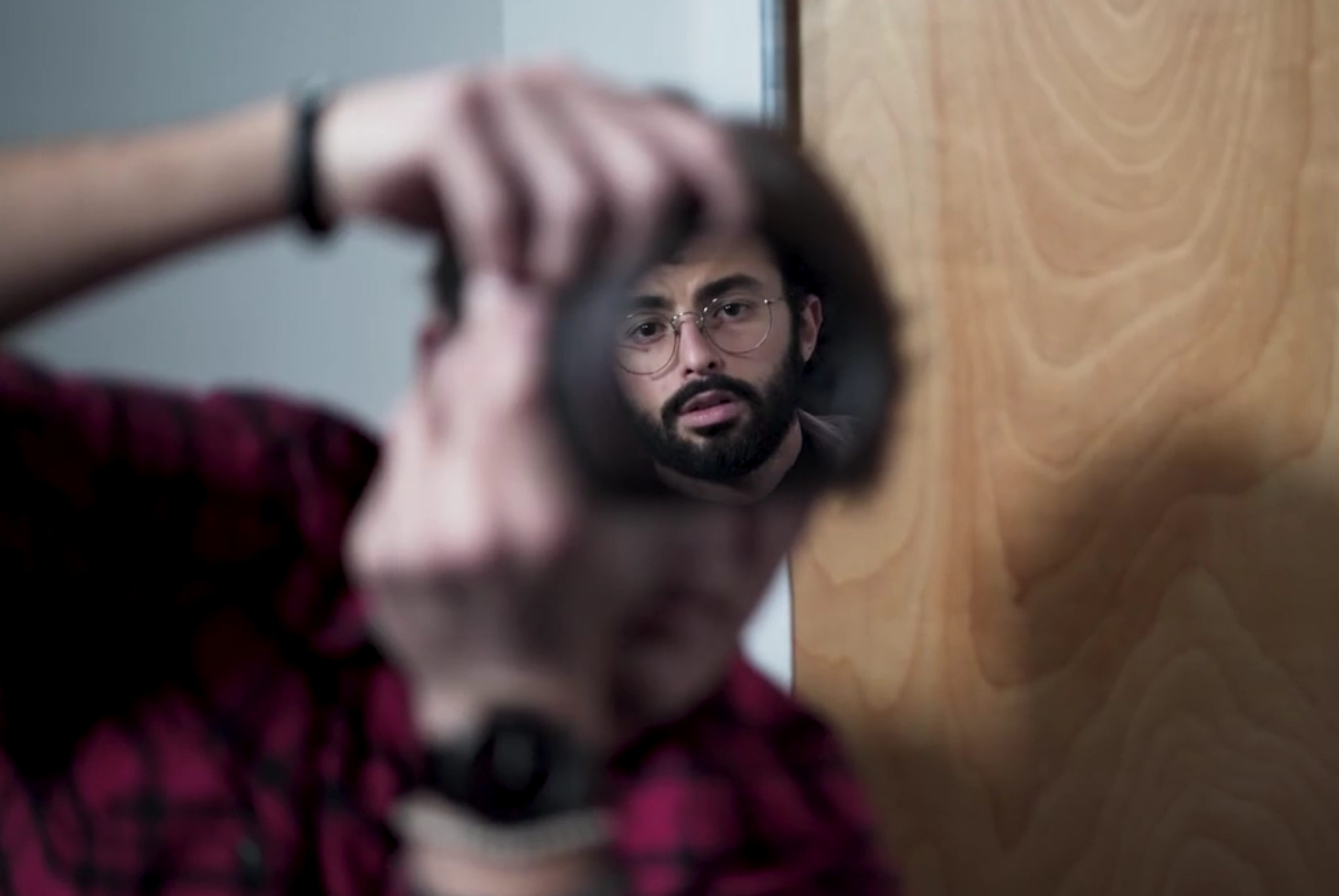 This One Way Mirrored Filter Will Help Portrait Photographers