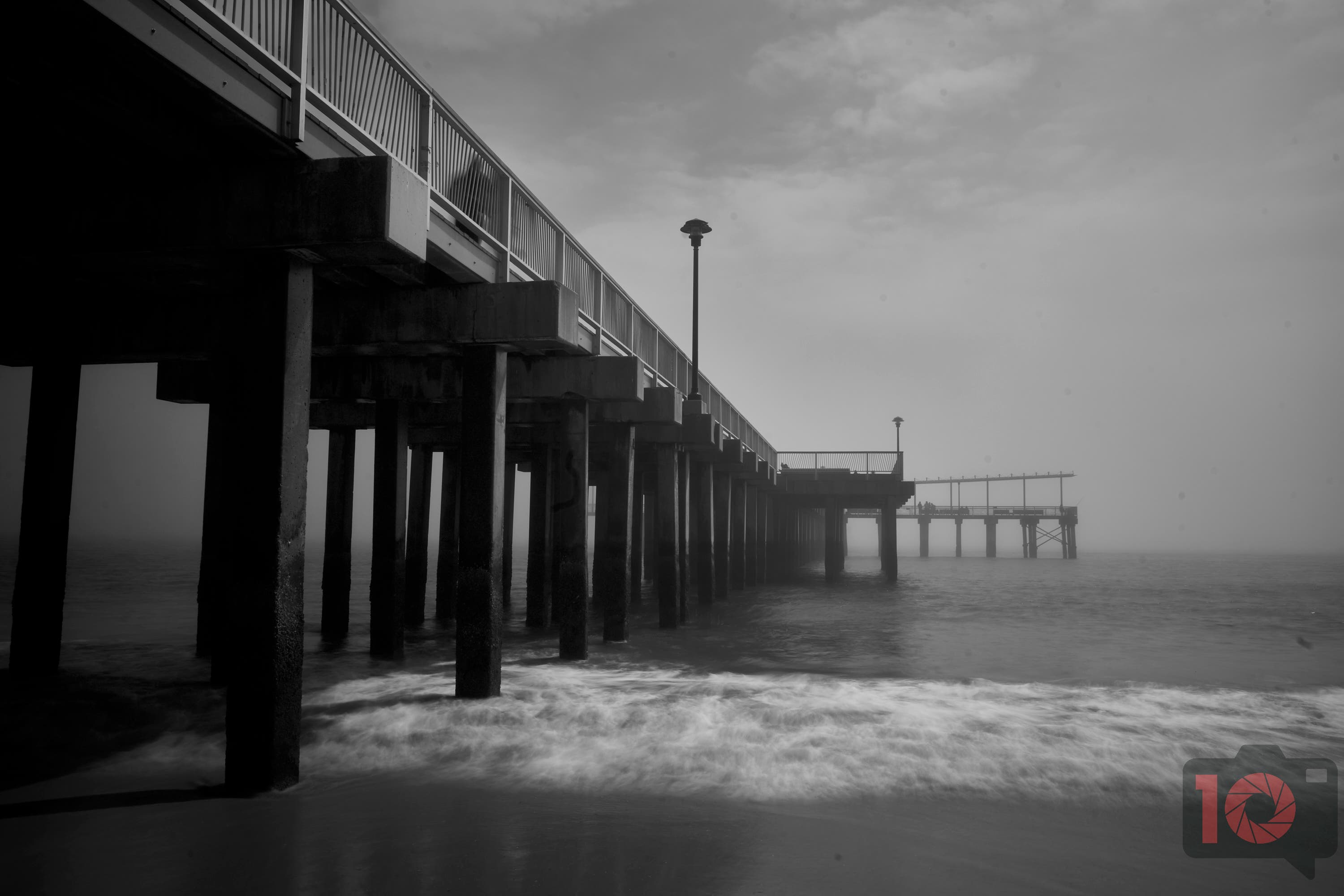 All You Need to Create Dramatic Seascapes Is a Great All-In-One Lens
