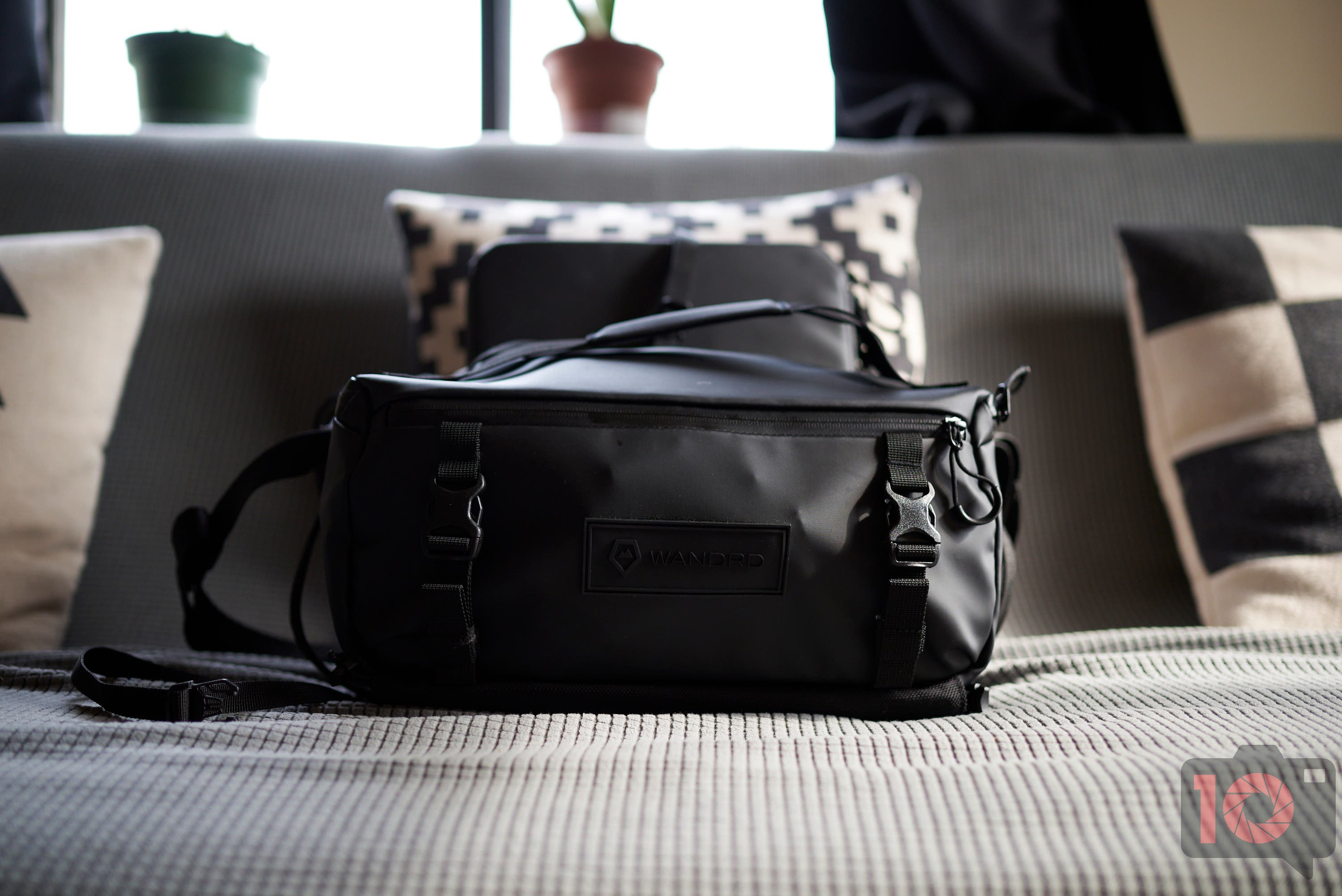 Is the WANDRD ROAM 9L Camera Bag Really That Great?